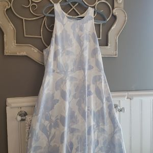 Banana republic blue and white floral dress